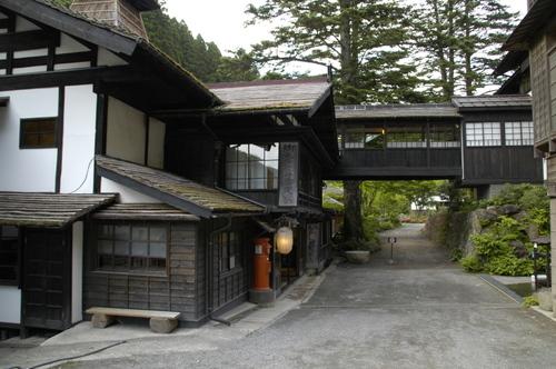 旅館の入り口