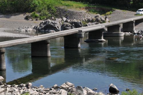上流の沈下橋